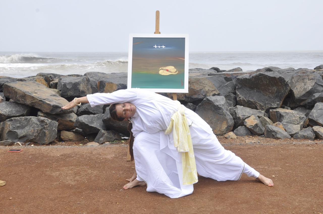 Image 4 - Paarsvakon Asana